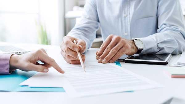 Dossiers administratifs comme la taxe d'aménagement ou le permis de construire