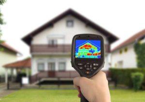 Diagnostic thermique d'une maison avec caméra infra rouge