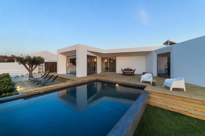 piscine maison moderne