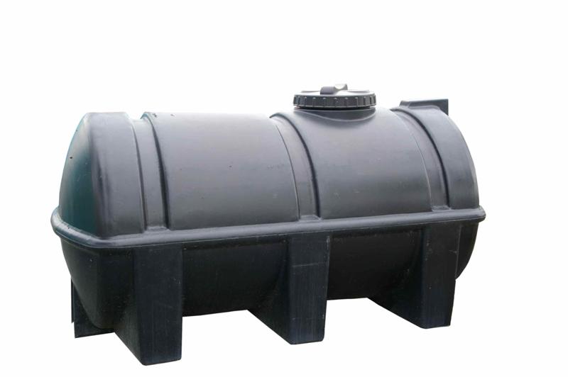 prix et installation d 39 une cuve de r cup ration d 39 eau de pluie constructeur travaux. Black Bedroom Furniture Sets. Home Design Ideas