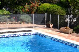 clôture de piscine