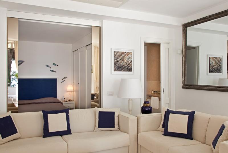 salon avec portes coulissantes