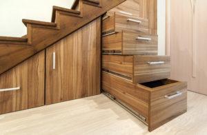 Armoires-sous-escaliers